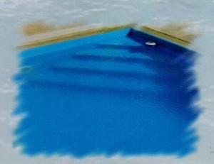 Rohové schodiště bazénu