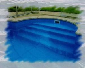 Románské bazénové schodiště